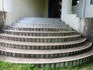 本館-外階段-花山天文台