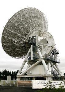 水沢VERA20m望遠鏡2