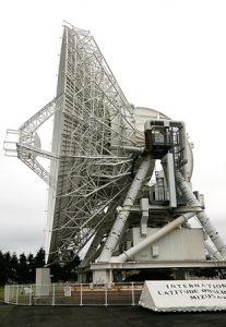 水沢VERA20m望遠鏡3