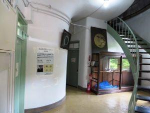 本館-階段-花山天文台